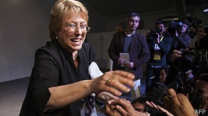 130701205619_sp_chile_candidatos_bachelet_304x171_afp