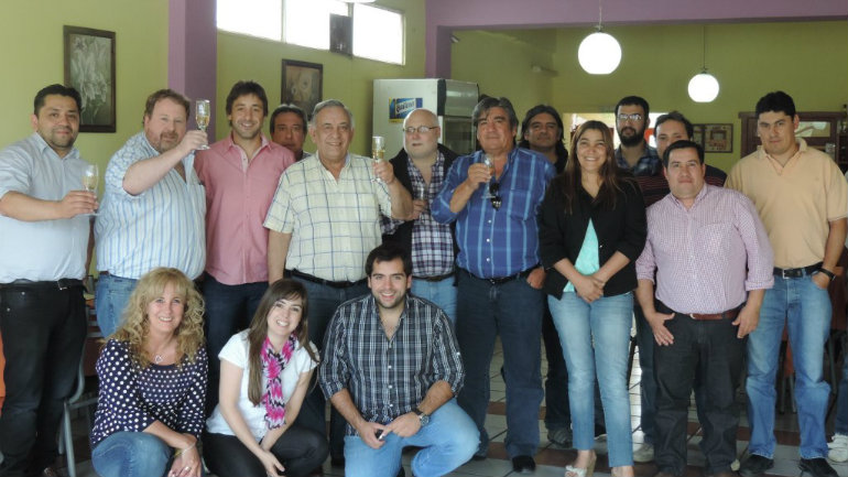 CAMARA-DE-COMERCIO-DE-PIEDRA-BUENA-1024x768