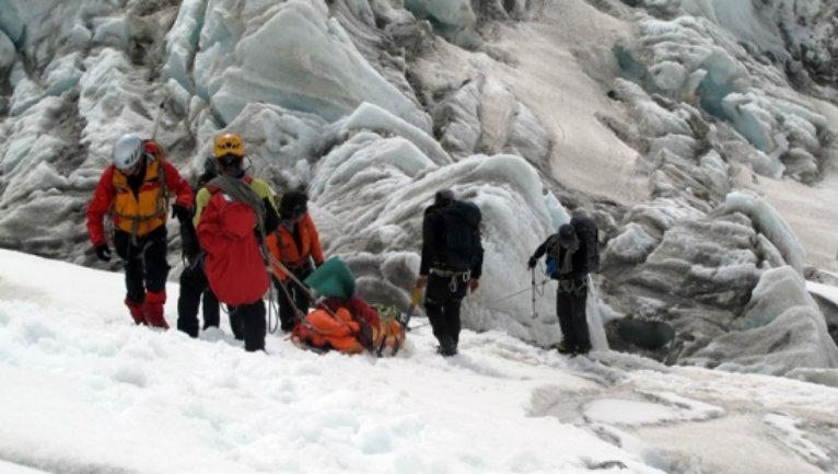 chalten-rescate-supercanaleta-comision-auxilio-centro-andino-escalada-hanna-2