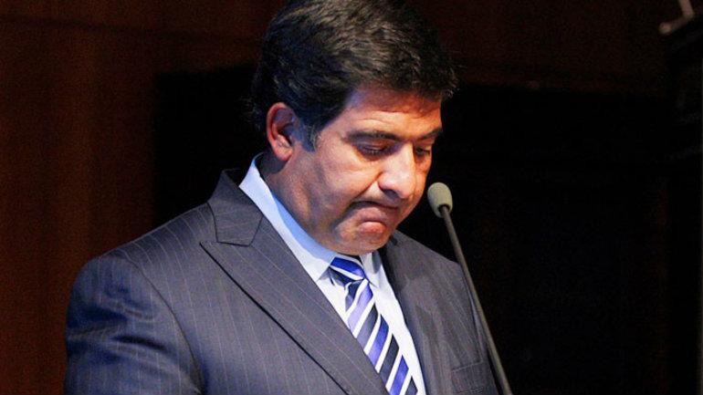 Denuncian Ricardo Echegaray ante la Oficina Anticorrupción