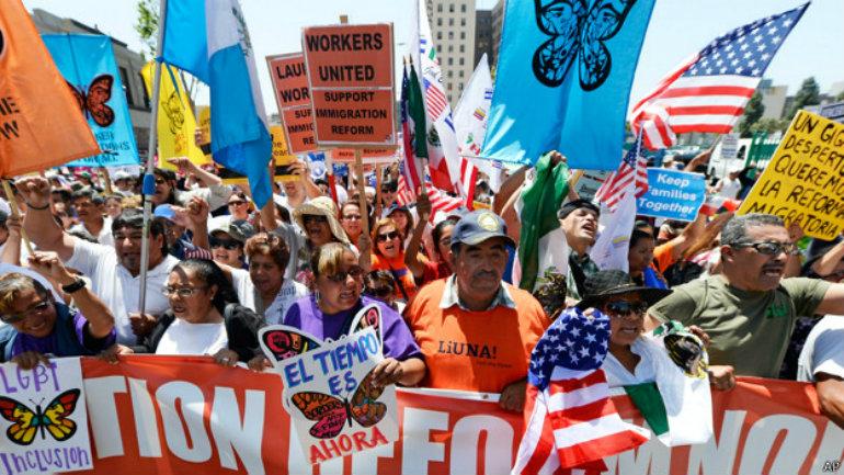Hay quienes marchan cada 1° de mayo en EE.UU., pero son la excepción a la regla.