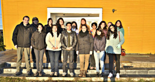 Alumnos-extranjeros-junto-a-equipo-Movilidad-y-académicos