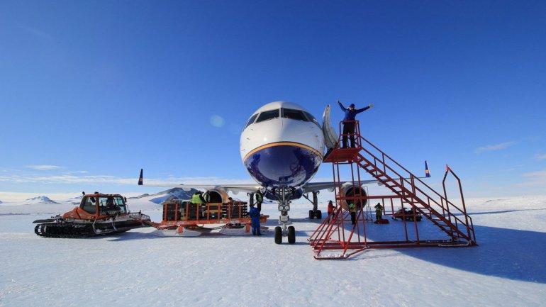 60 pasajeros viajaron en el primer vuelo comercial en una aeronave de ese estilo