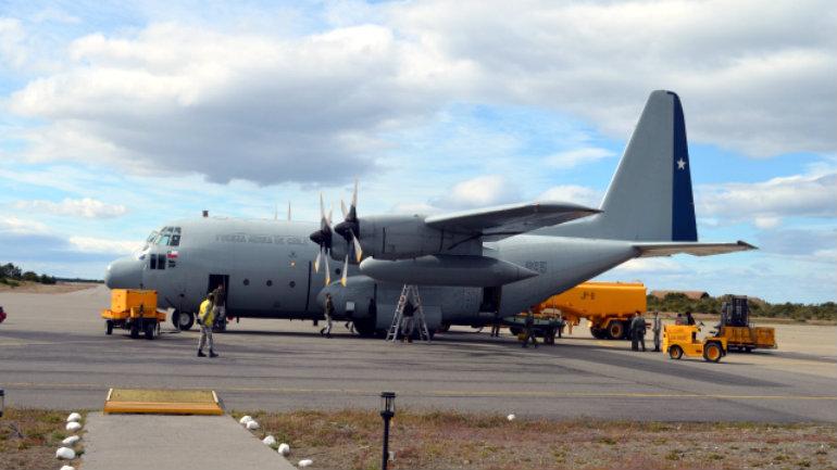 Transporte aéreo dispuesto por el DAE desde Punta Arenas hacia Antártica vía avión Hércules C-130.