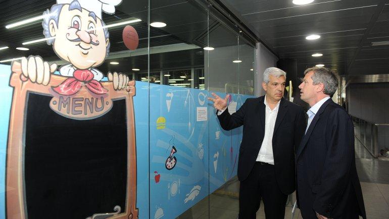 Julián Domínguez junto a Emilio Monzó (Telam)