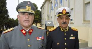 El coronel Alberto Rivera Valencia, comandante de la IX División del Ejército de Chile, junto al comandante de la IX Brigada Mecanizada, Daniel Varela.
